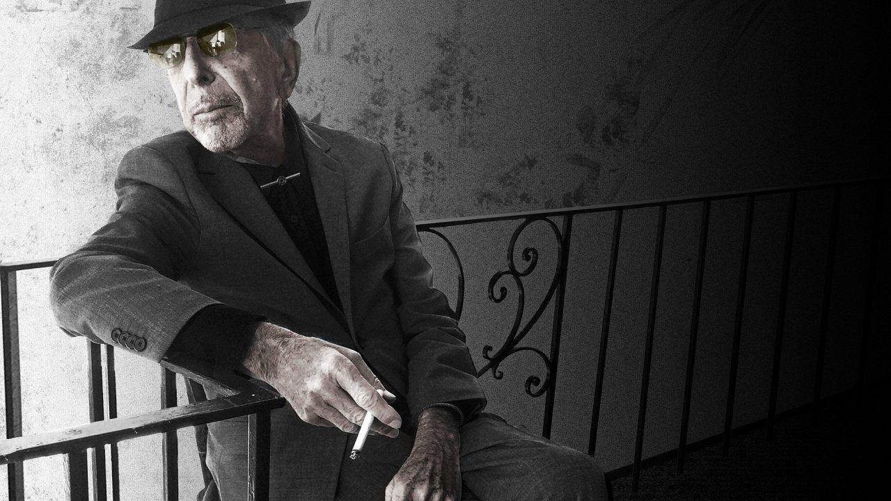 Na snímku pořízeném pár měsíců před svou smrtí je dvaaosmdesátiletý písničkář Leonard Cohen.