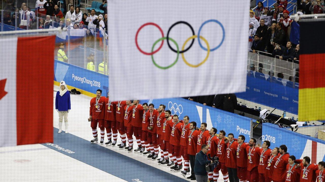 Ruští sportovci nesměli kvůli dopingovému skandálu reprezentovat pod ruskou vlajkou.