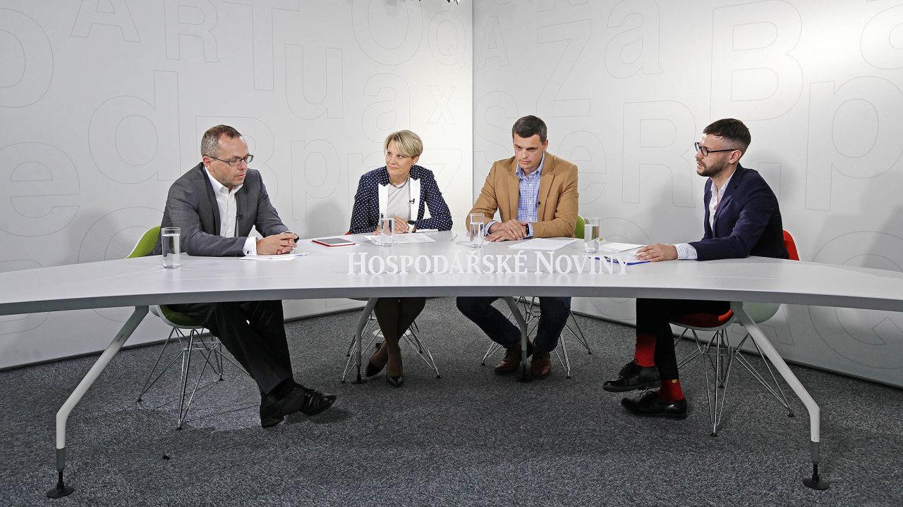 Zleva: Martin Cmíral (LEEF Technologies), Tanja Vainio (ABB ČR), Martin Hejda (FITA Energy Solutions) a Nikita Poljakov (HN).
