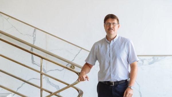 Ředitel sekce metodiky a výkonu daní na Generálním finančním ředitelství Jiří Fojtík.
