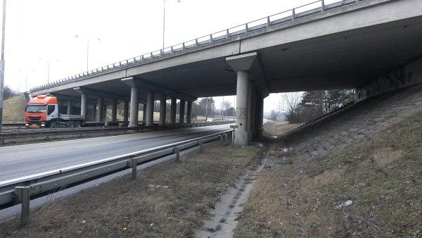 dálniční most - ilustrační foto