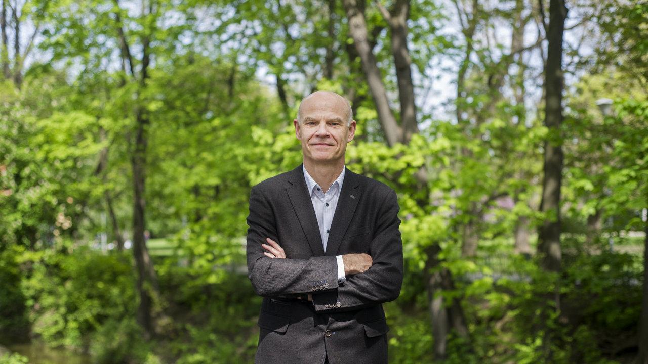 Ředitel festivalu Pražské jaro a Klavírního festivalu Rudolfa Firkušného Roman Bělor.