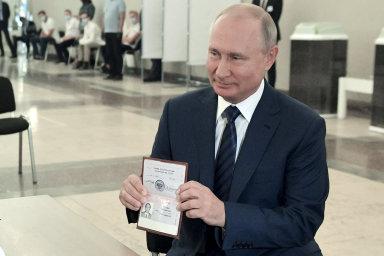 Putin může být prezidentem až do roku 2036, pro změnu ústavy bylo 78 procent Rusů