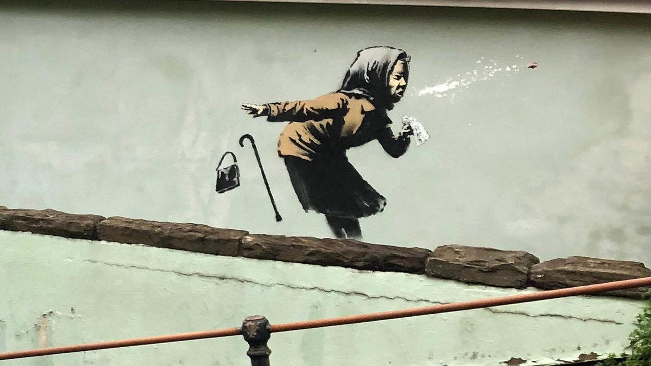 Očekává se, že cena domu s Banksyho malbou stařenky, která kýchá tak mocně, až jí z úst vyletěla zubní protéza, mnohonásobně vzroste.