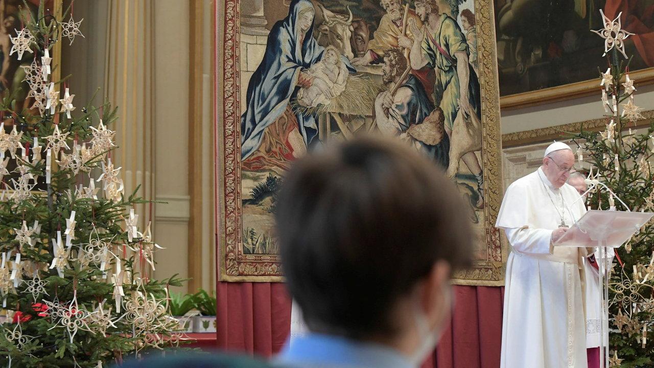 Papež František pronesl své tradiční poselství.