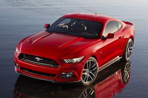 Nový Ford Mustang se světa nebojí. Chlubí se čtyřválcem a evropským podvozkem