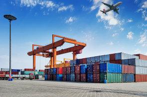 Factoringové společnosti loni podpořily vývoz malých a středních českých firem v objemu téměř 43 miliard korun.