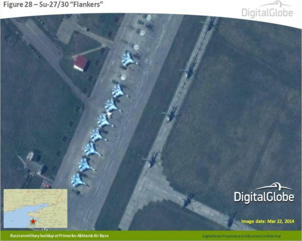 Ruské stíhačky na satelitních snímcích, které zveřejnilo NATO.