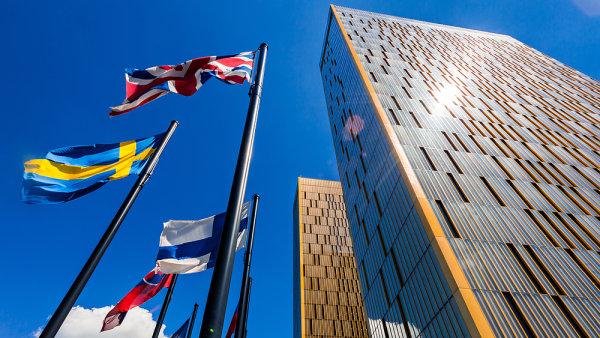 Vládní strategie nefunguje, Česko je čím dál závislejší na exportu do EU. Naopak podíl vývozu do Asie a Severní Ameriky klesá