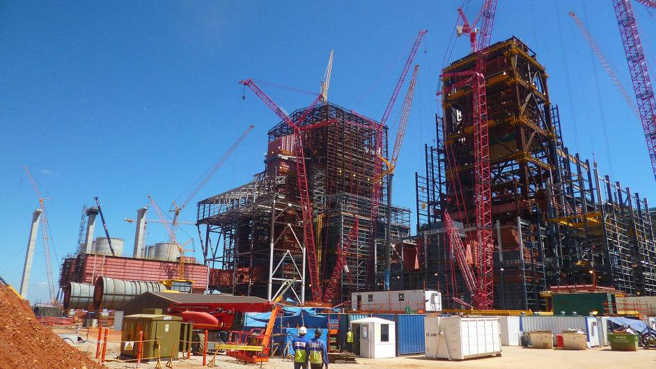 Společnost Hutní montáže získala předloni kontrakt na montáž kotlů v elektrárně v Kusile, dohromady jde o zakázku za zhruba dvě miliardy korun.
