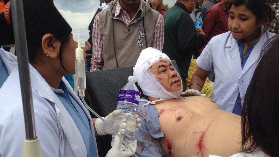 Nepál zasáhlo zemětřesení o síle 7,9 stupně.