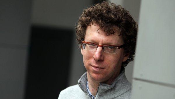 Nizozemsk� novin�� a spisovatel Arnon Grunberg (na sn�mku) ji� festival nav�t�vil roku 2012.