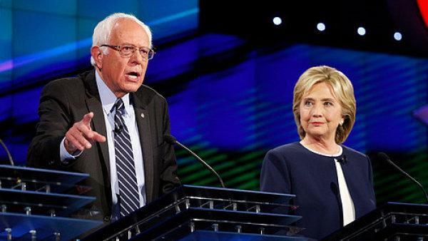 Clintonová a Sanders se tvrdě střetli v předvolební debatě