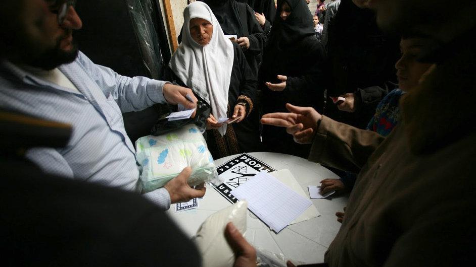 Člověk v Tísni pomáhá uprchlíkům v Sýrii.