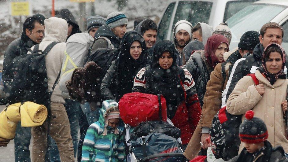 Zima a přísnější podmínky vedou k úbytku počtu migrantů jdoucích balkánskou cestou - Ilustrační foto.