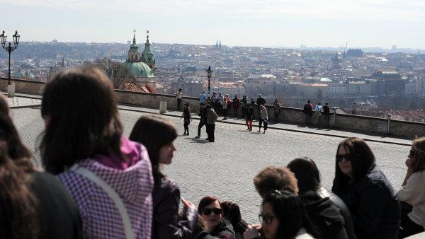 Ubytovaných turistů v Česku přibylo na sedm milionů.