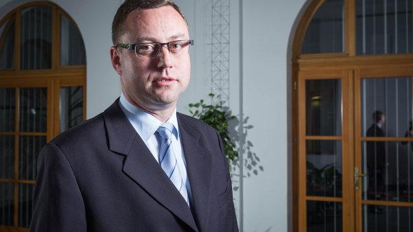 Se zavedením jasných pravidel o protiprávním jednání zatím české firmy moc nespěchají. To se jim podle Nejvyššího státního zástupce Pavla Zemana může v zahraničí vymstít.