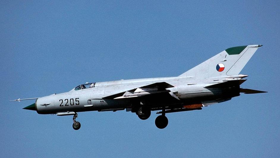 Nadzvukový stíhací letoun Mig-21MF