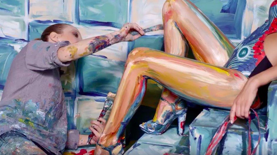 Malířka Alexa Meade vytváří doslova živé obrazy.