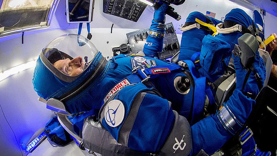 Nový skafandr vytvořila pro NASA společnost Boeing.