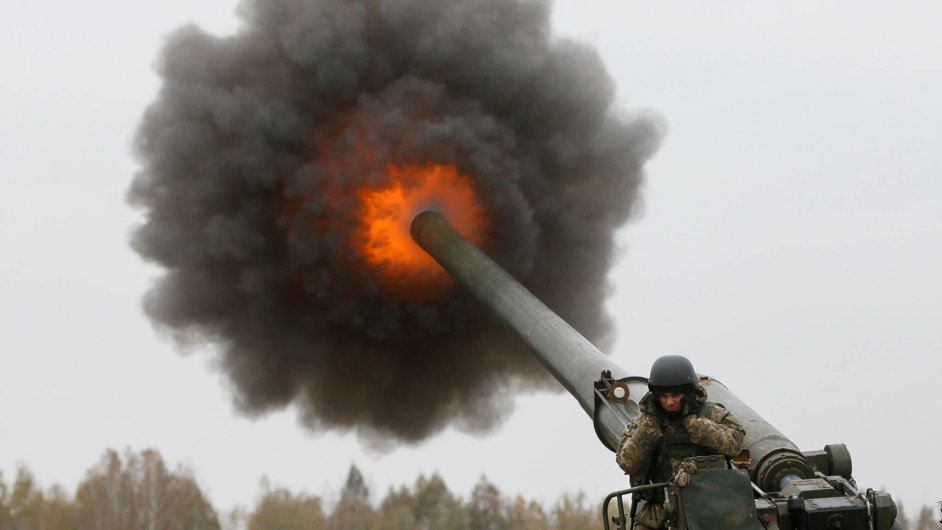 Na východě Ukrajiny probíhají opět těžké boje.