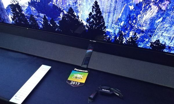 OLED TV Panasonic se soundbarem Technics