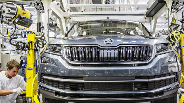 Odboráři Škody Auto chtějí dosáhnout rychlejšího růstu mezd než ve slovenském Volkswagenu.