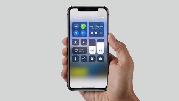 iPhone X má nová ovládací gesta.
