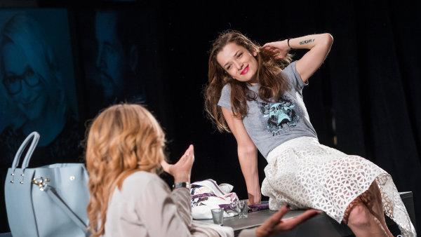 Do konce roku budou mít brněnští diváci příležitost zhlédnout představení Věra ještě 6. listopadu a 7. prosince.