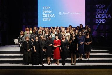 Tři vítězky - V anketě HN Top ženy Česka zvítězily podnikatelka Radka Prokopová z firmy Alca plast, manažerka Karolína Topolová z AAA Auto a předsedkyně Akademie věd ČR Eva Zažímalová.