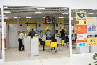Poté, co Česká pošta vyhlásila obří tendr na dodavatelekomunikačních služeb a HN upozornily na to, že termín na podání přihlášek je skoro nesplnitelný, změnila pošta podmínky řízení.