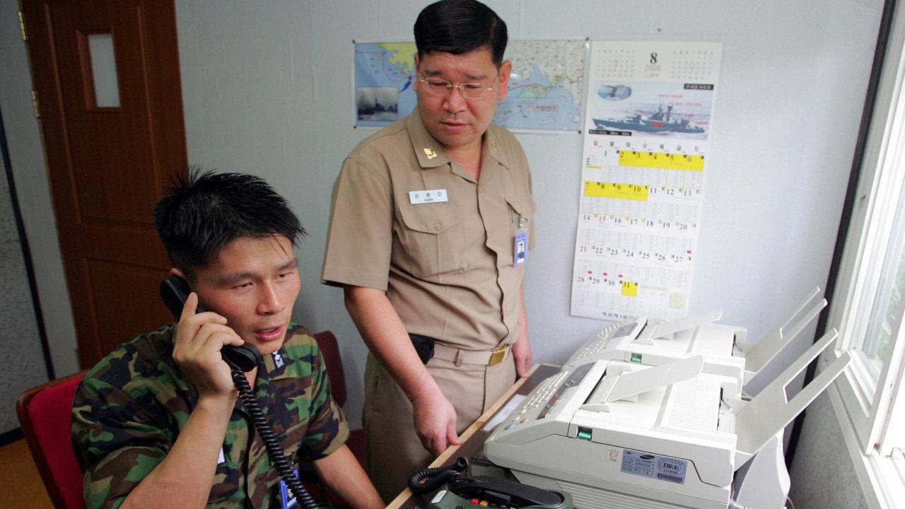 Podle Soulu byl bez odezvy už pondělní ranní pokus ospojení se severokorejským styčným úřadem, což se předtím nestalo téměř dva roky.