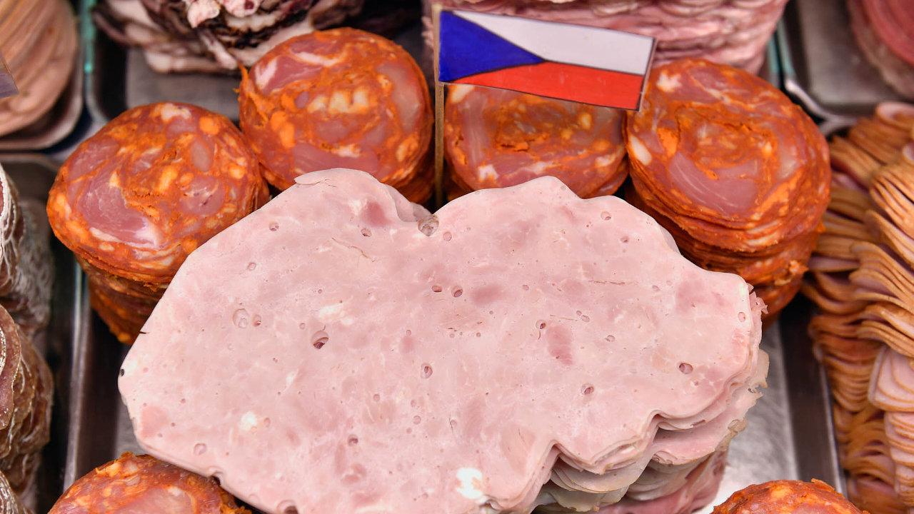 Sněmovnou přijaté kvóty načeské potraviny ženou vládu dostřetu sEvropskou unií.