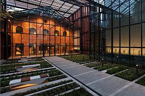 Krakov má zahradu, v níž se pěstuje umění. Srdce kulturního centra je z 19. století