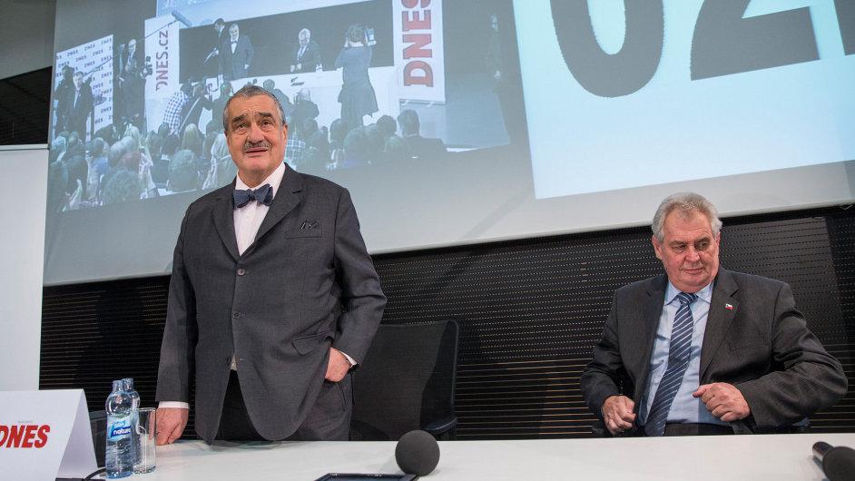 Karel Schwarzenberg a Miloš Zeman při jedné z debat