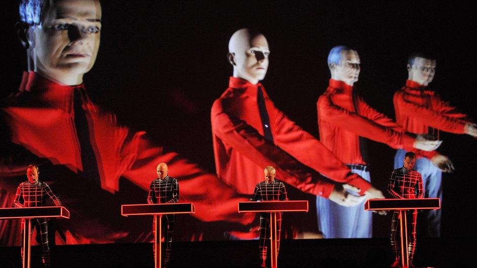 Kraftwerk letos v únoru poosmé vystoupili v londýnské galerii Tate Modern.