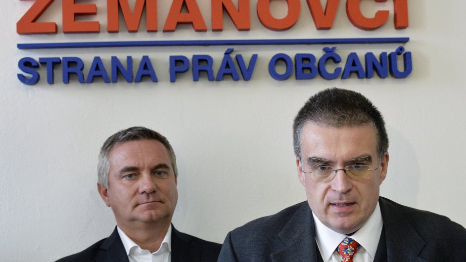Vratislav Mynář a Zdeněk Žák na tiskové konferenci před volbami