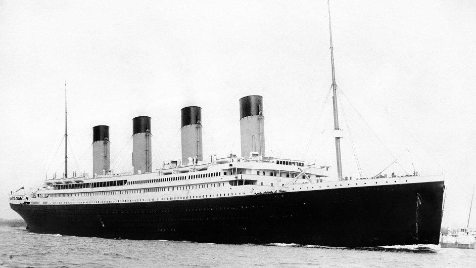 Titanic při vyplutí.