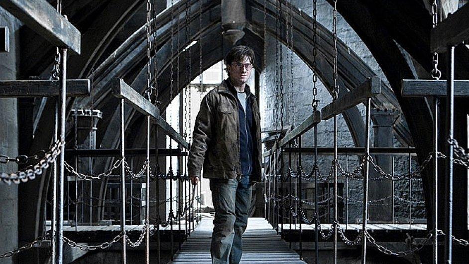 Filmy o Harrym Potterovi se natáčely ve studiích Leavesden.