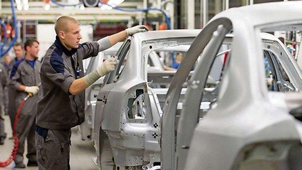 Nejv�t�� rodinnou firmou je spole�nost Volkswagen, pod kterou spad� i �esk� �koda Auto.