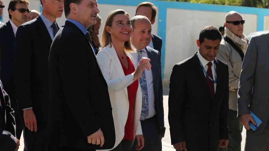 Šéfka evropské diplomacie Federica Mogheriniová na návštěvě v Gaze.