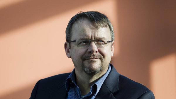 Nov� ministr dopravy Dan �ok byl t�m�� sedm let gener�ln�m �editelem Skansky.