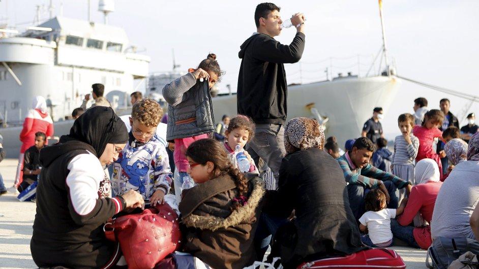 Syrští uprchlíci v Itálii.