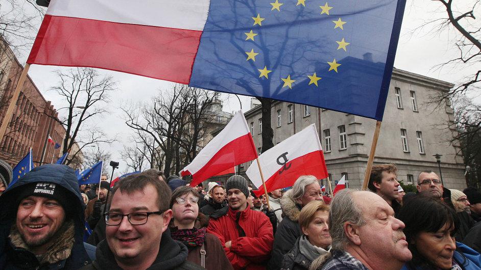 Polsko, demonstrace, vláda, PiS