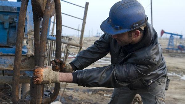 Levná ropa podlamuje nohy Ázerbajdžánu.