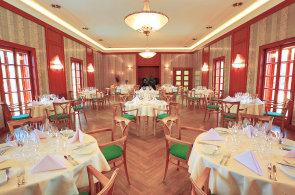 Ambici�zn� vina�sk� restaurace Ulrika v T�eb�vlic�ch navazuje na zapomenutou tradici
