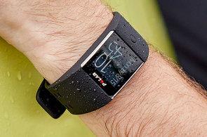 Hodinky s Androidem vyrábí už i Polar, drsný model M600 se hodí na hory i do bazénu