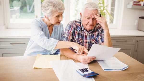 Důchody se v Česku zvyšují pravidelně vždy k 1. lednu - Ilustrační foto.