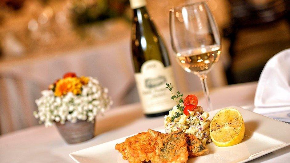 Bramborový salát v restaurantu Savoy Hradčany