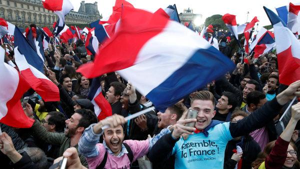 V neděli 7. května voliči rozhodli, že se Macron stane hlavou Francie.